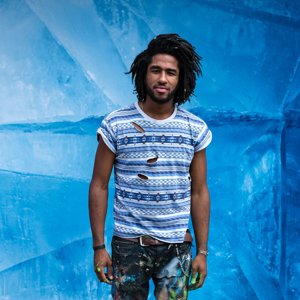 Raphaël Fédérici. Artiste street painter. Paris. 2016. Pour Anna Senno Associates (ASA).