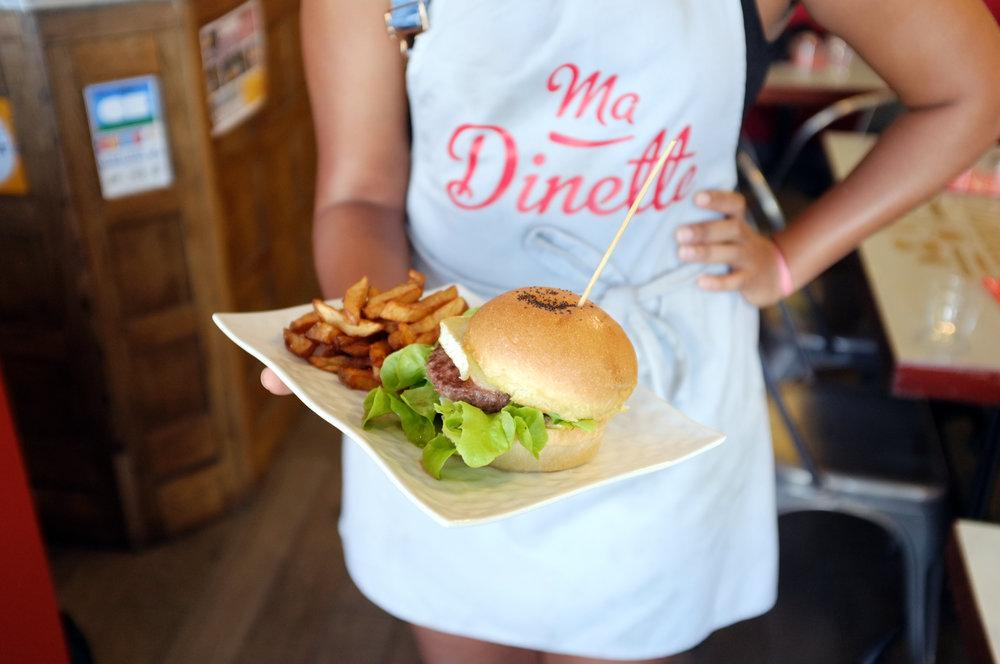 Les Hamburgers fait-maison de Ma Dinette au Pouliguen.
