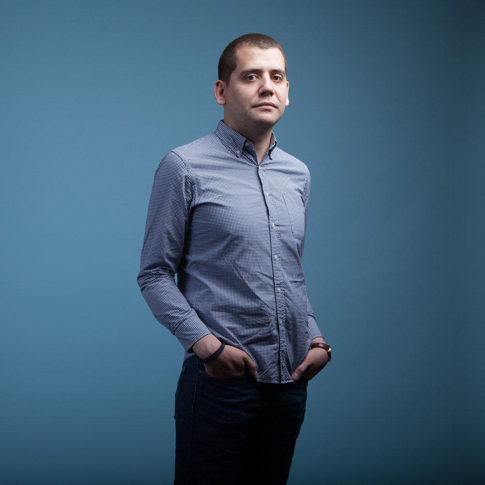 Nicolas Souveton pour Viva Magazine / Nicolas Souvetonfor Viva Magazine  Write here...