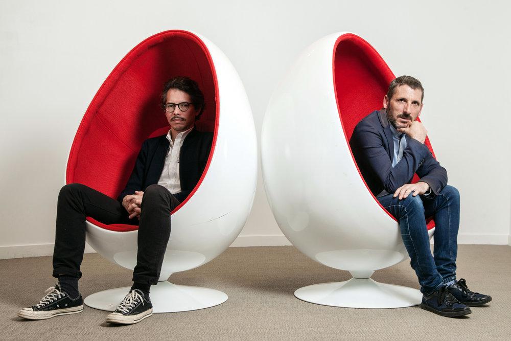 Matthieu Orphelin, député La République En Marche et Thomas Porcher, économiste. Paris. Le Point. Nov 2018