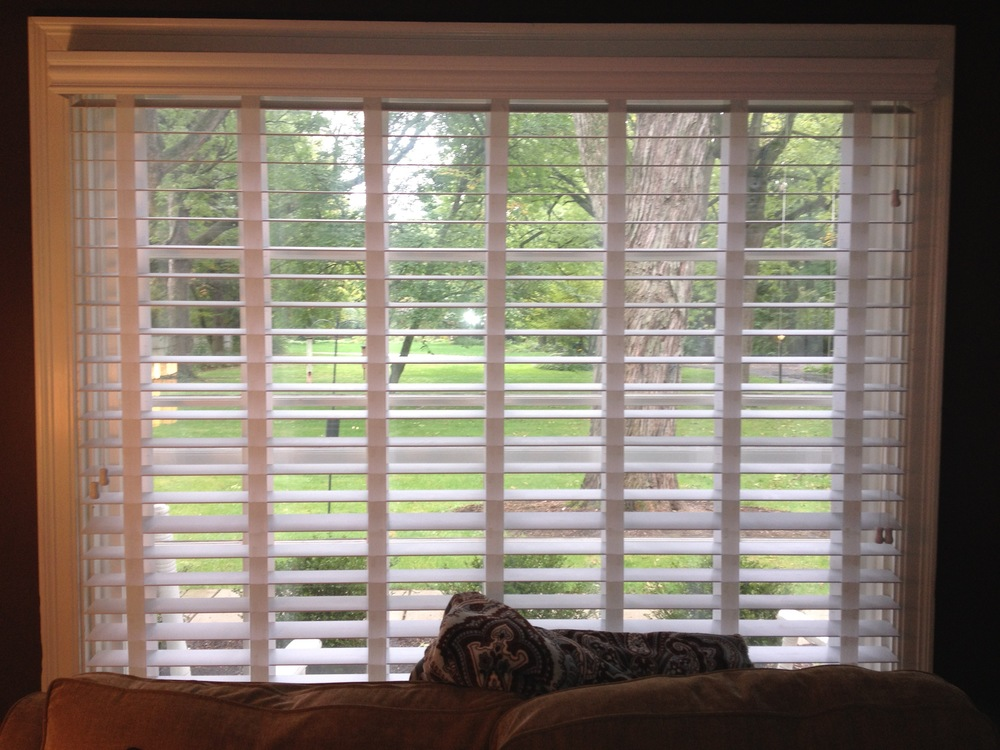 Indianapolis - Faux Wood Blind with Decorative Tape.jpg.jpg