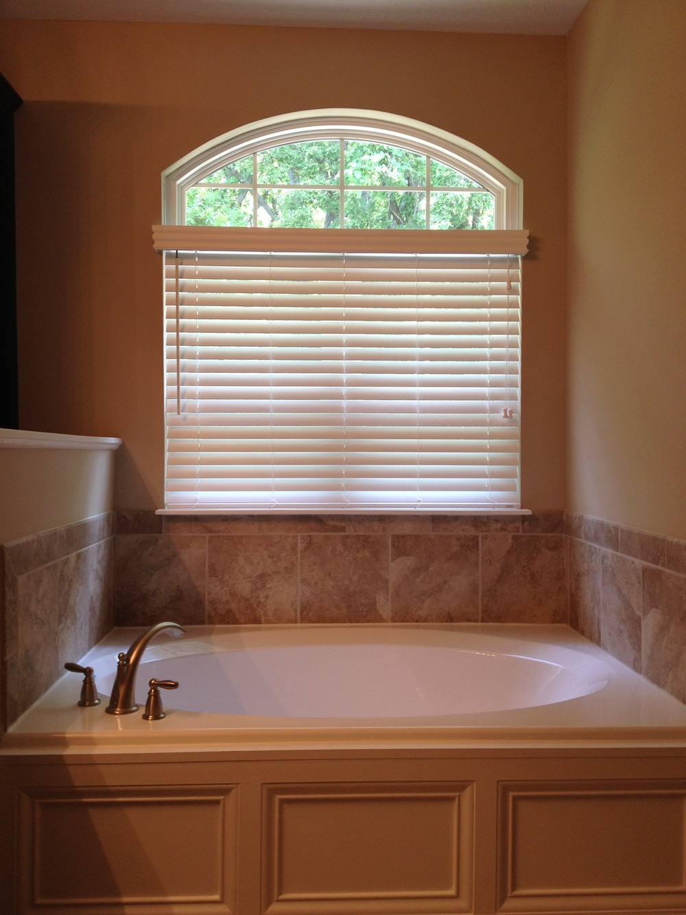 2 inch Faux Wood Blind.jpg