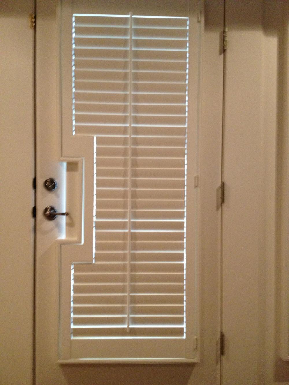 Norman 2 1_2 inch Composite Shutter with Door Handle Cutout.jpg