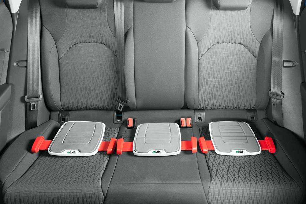 Daily Essential Magazine - Mifold: The Grab & Go Booster Seat that's