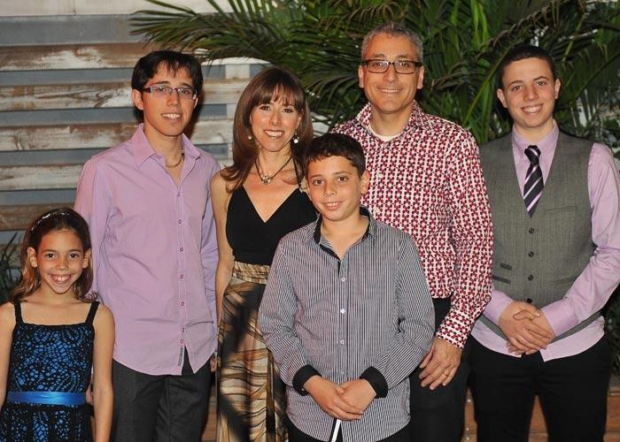 mifold sumroy jon family