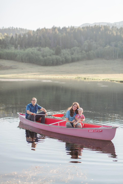 wyoming-lake-family-pictures.jpg