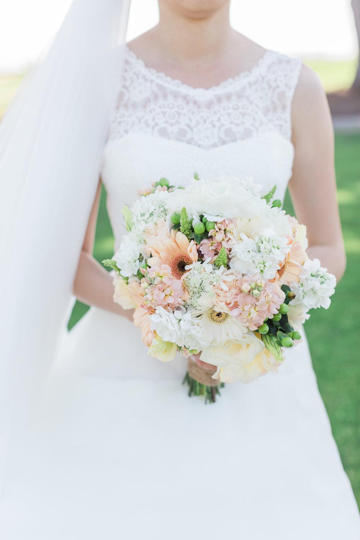 bouquet-bride-monterey-wedding.jpg