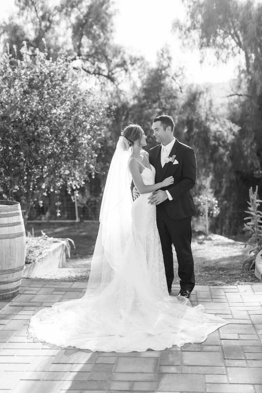 bride-groom-rustic-wedding.jpg