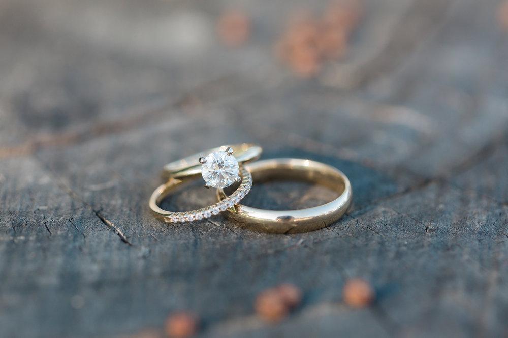 ring-rustic-wedding.jpg