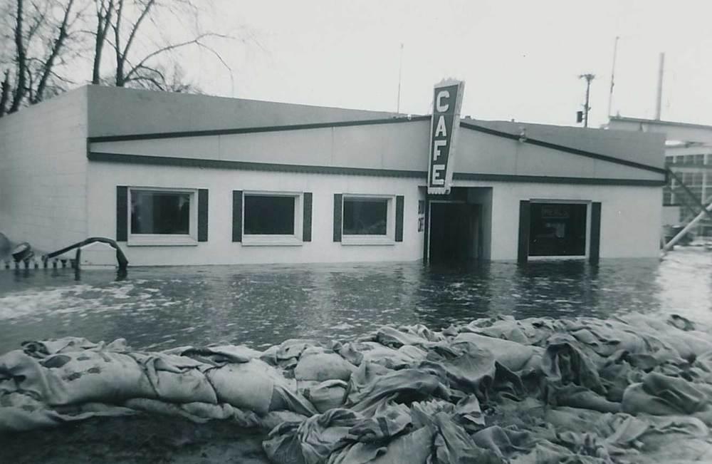 2. Delano Cafe, Flood of 1965