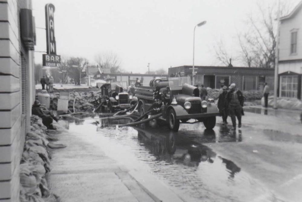 15. Flood, Main Bar Building
