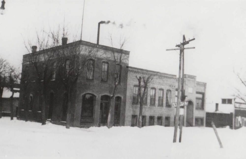 12. Delano Eagle Office Building