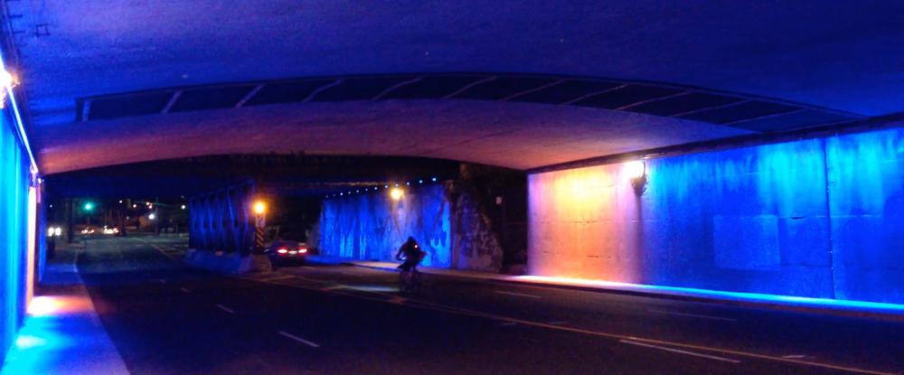 Dereck Revington Studio - BlueGold Variations - Blue Phase Medium Wind North