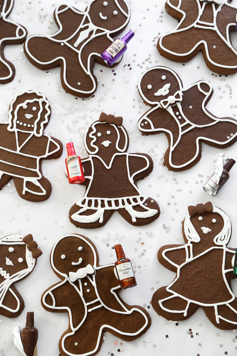 Cocktail Party Gingerbread Folk.jpg