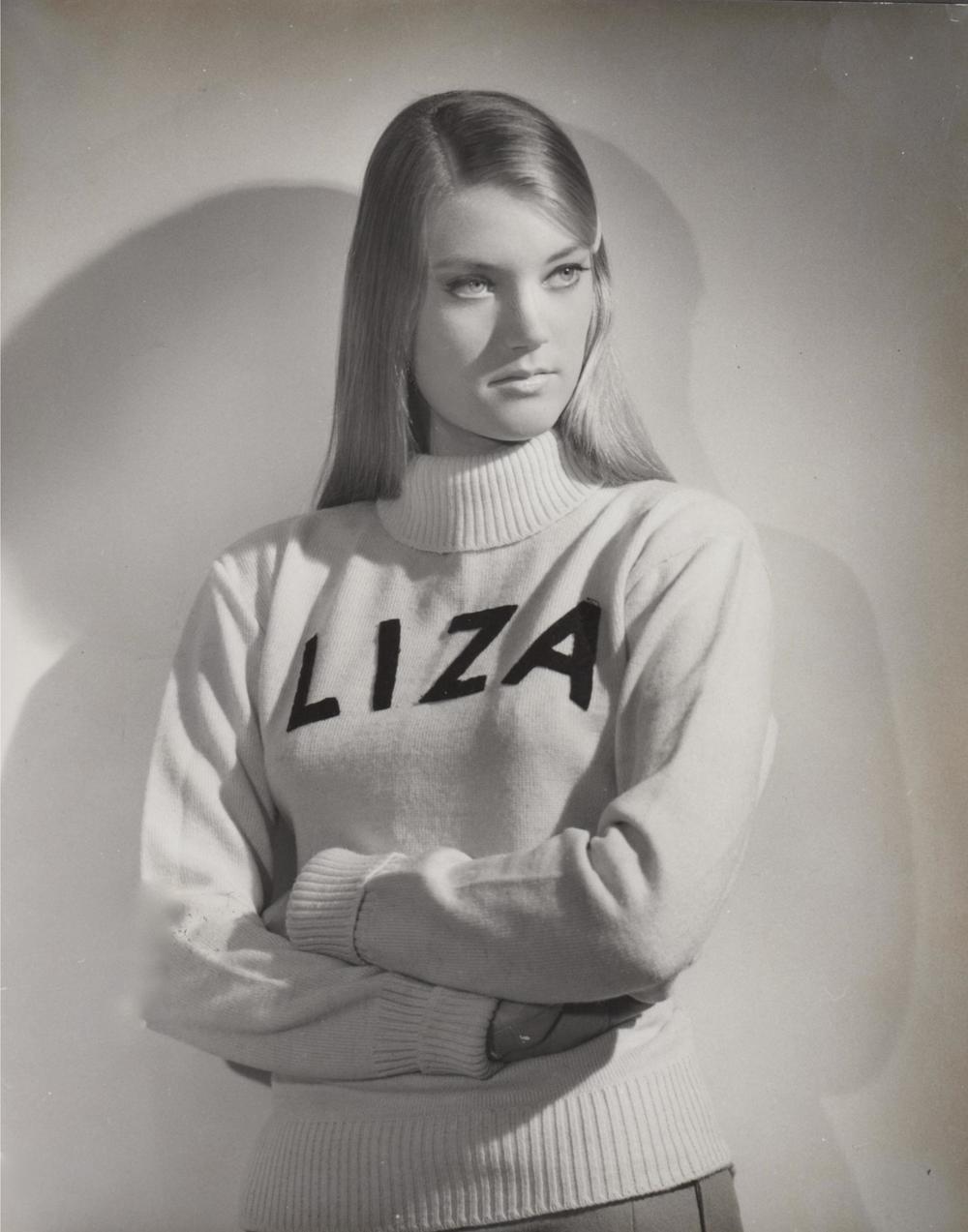 liza rey sweater.jpg