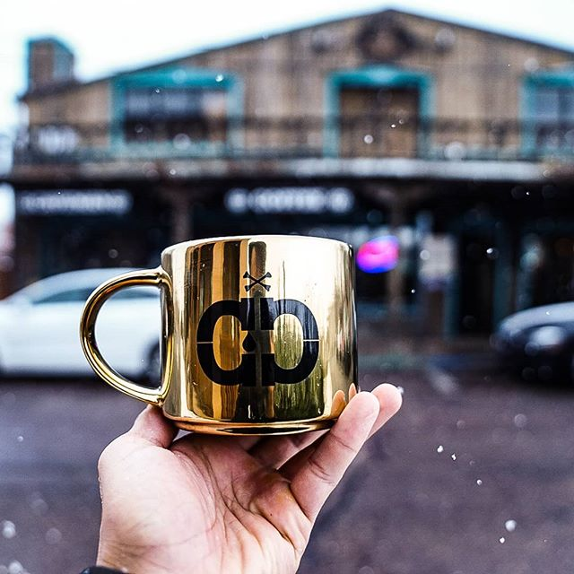 Happy Monday! Make sure you caffeinate and crush your day! . . . #cavemancoffeecave #cavemancoffeeco #coffee #caffeine #motivation #espresso #coffeeshop #local #howtosantafe #simplysantafe #downtownsantafe #santafeplaza #nmtrue #coffeelove #coffeefirst #latteart #latte #cappuccino #skisantafe #skibueno #latteart #holidays #monday #coffeebeans #thirdwavecoffee #specialtycoffee