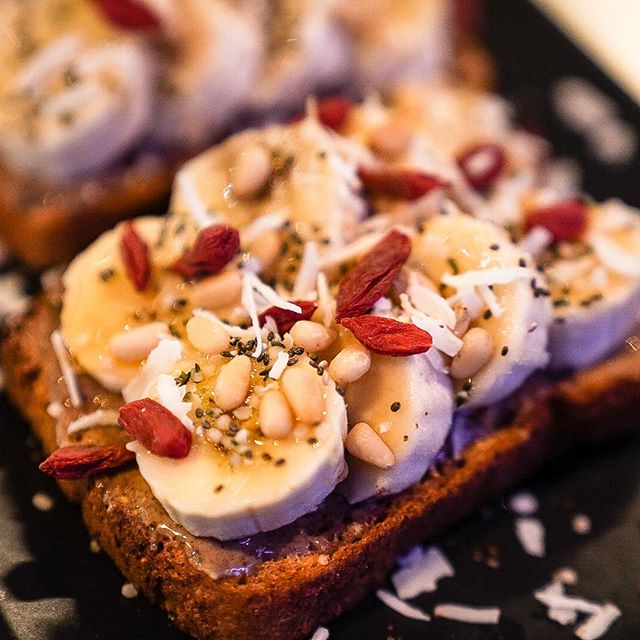 Super Toast Wednesday! Gluten Free Toast, Almond butter, banana slices, gigi berries, pine nuts, coconut flakes, hemp seeds, chia seeds, and honey! . . #cavemancoffeecave #cavemancoffeeco #coffee #caffeine #motivation #espresso #coffeeshop #local #howtosantafe #simplysantafe #downtownsantafe #santafeplaza #nmtrue #coffeelove #coffeefirst #latteart #latte #cappuccino #skisantafe #skibueno #latteart #holidays  #coffeebeans #thirdwavecoffee #specialtycoffee