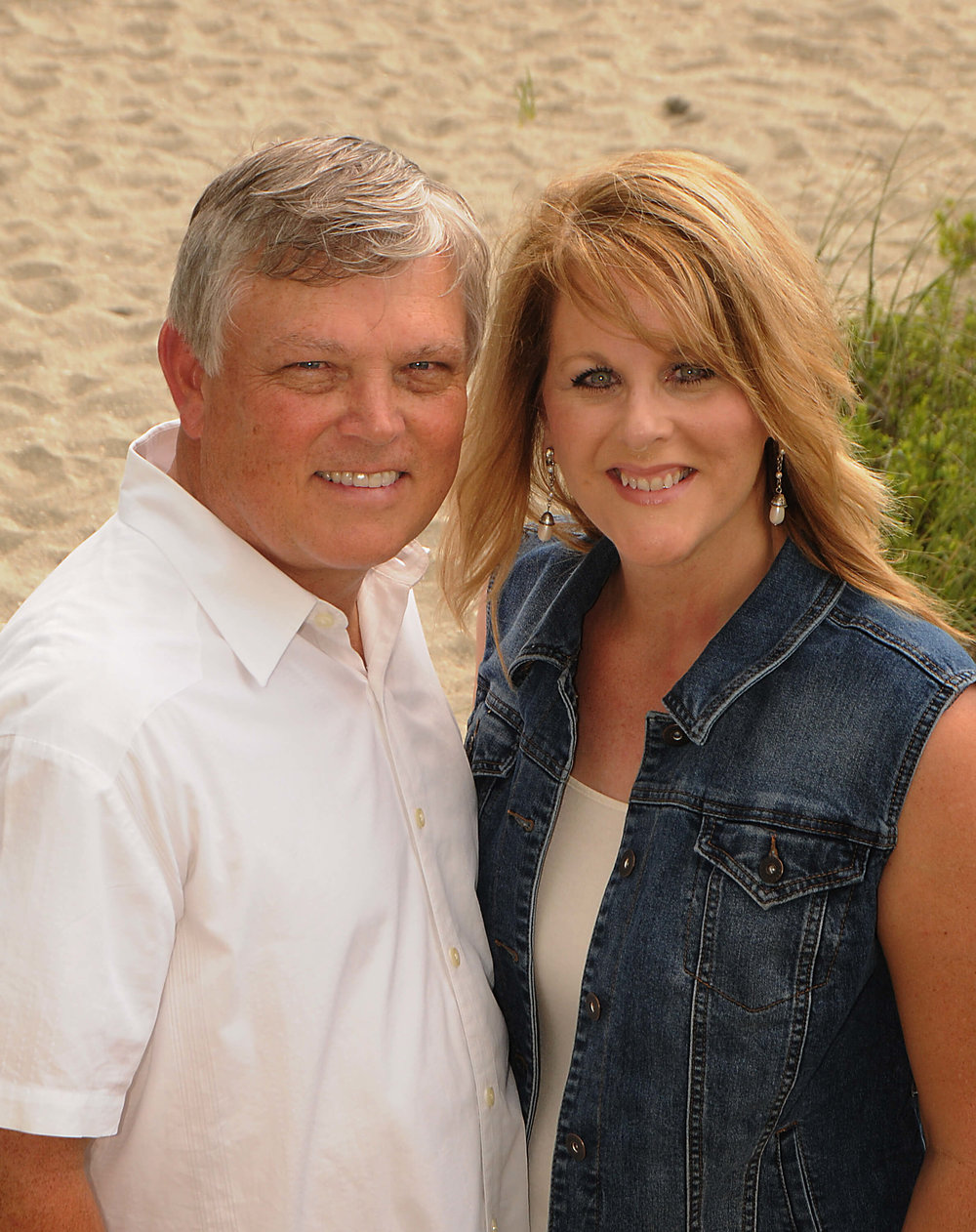 Pastor and Mary Beth V2.jpg