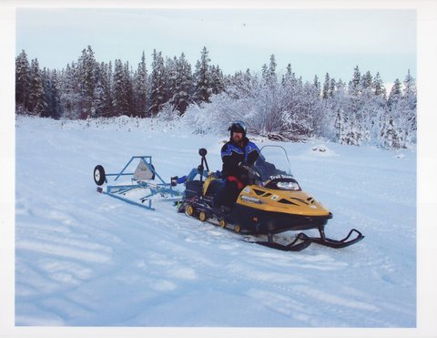 Snowmobile Yukon.JPG