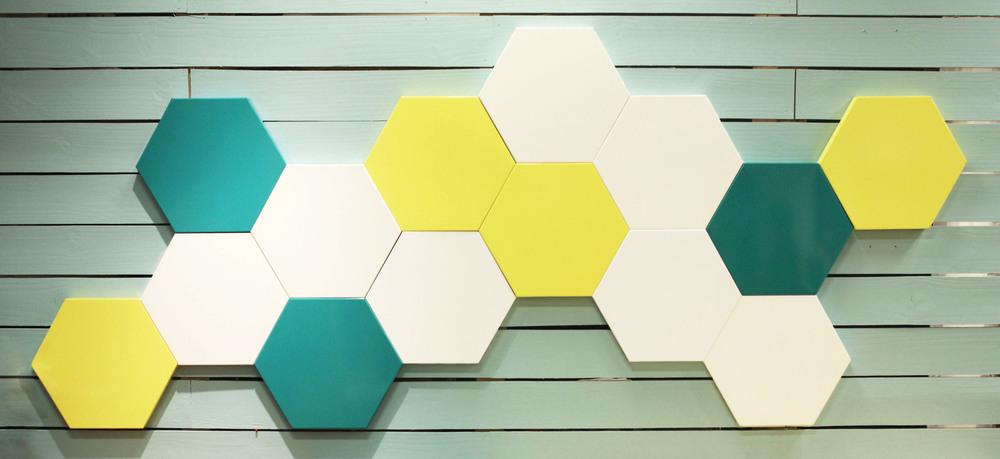 15 HX LS - Turquoise Yellow White.jpg