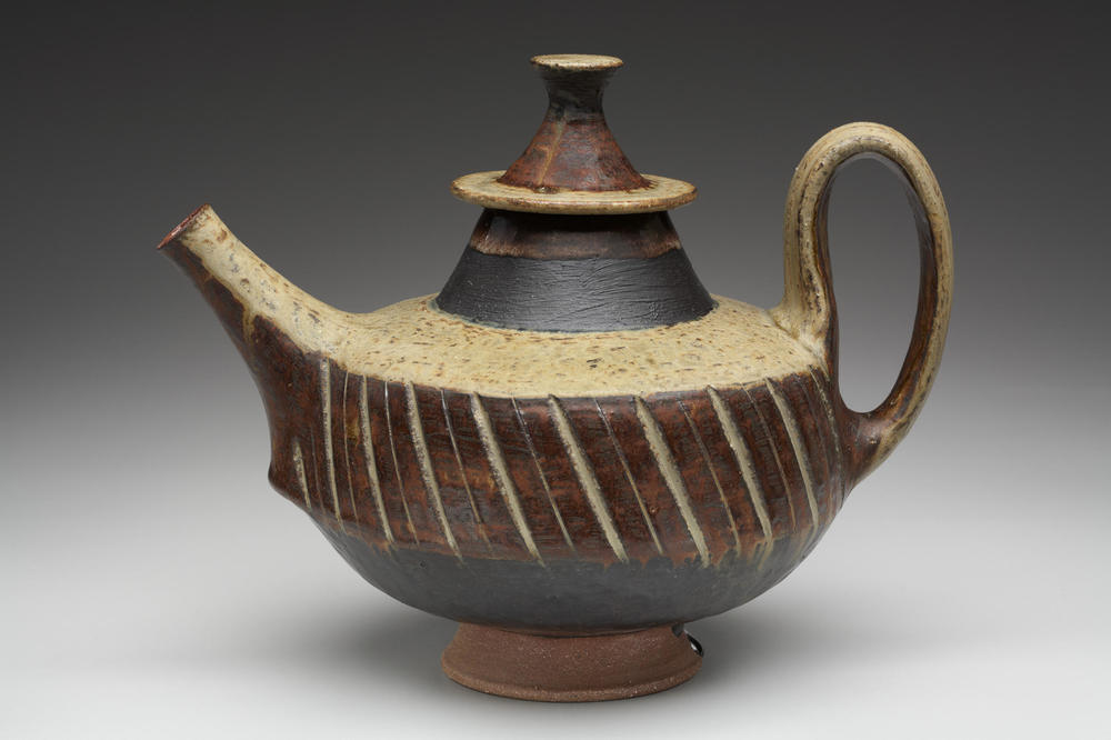 Hegland_teapot.jpg