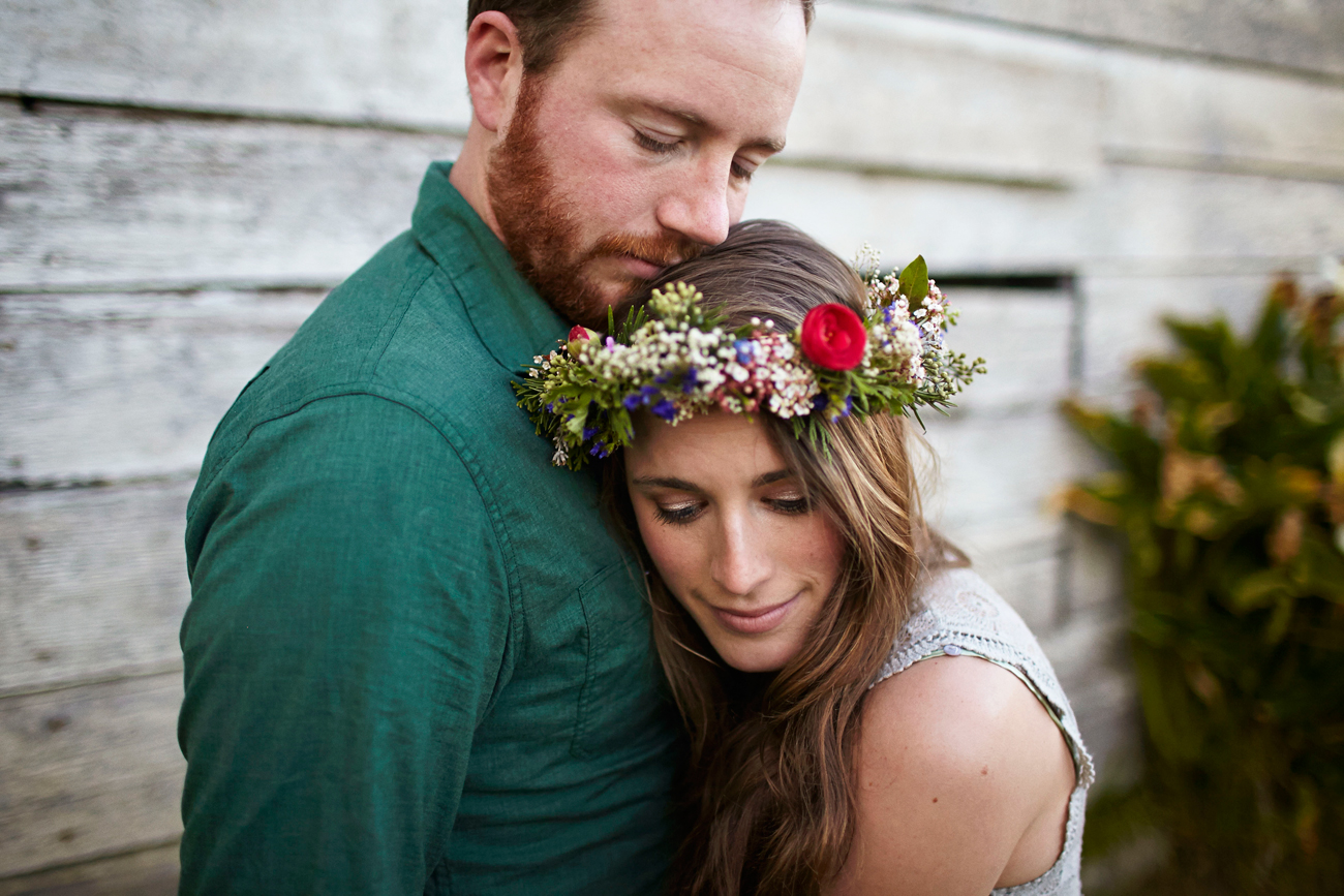 Road trip engagement hugging with flower crown