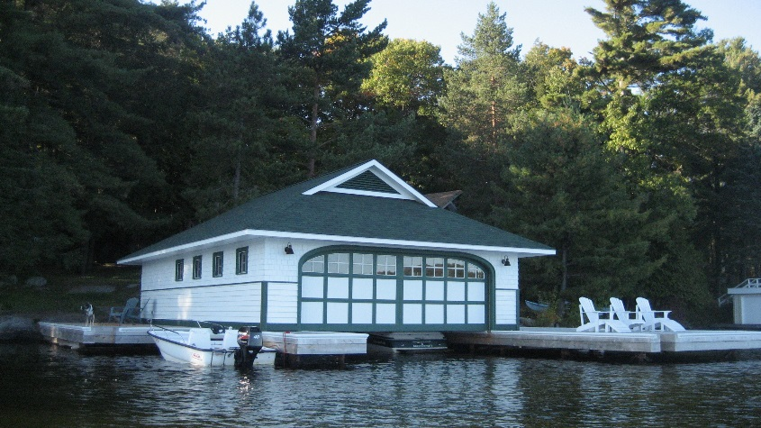 FOOTS BAY BOATHOUSE
