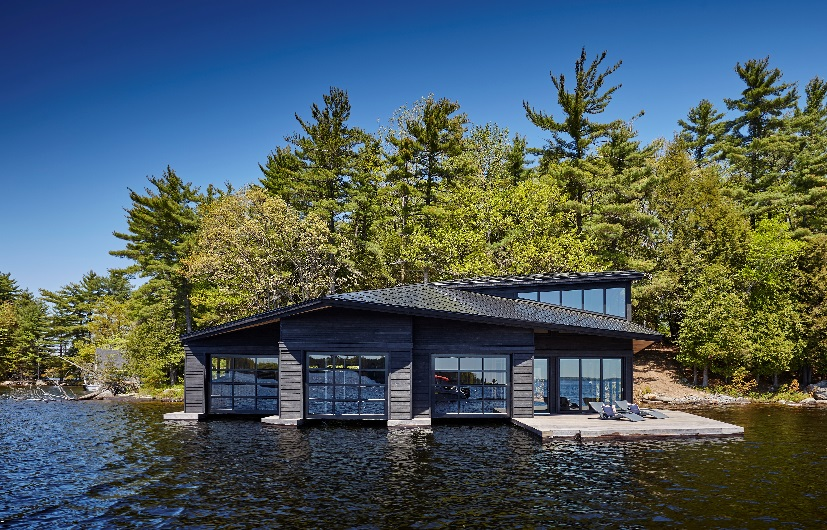 LAKE MUSKOKA ISLAND BOATHOUSE