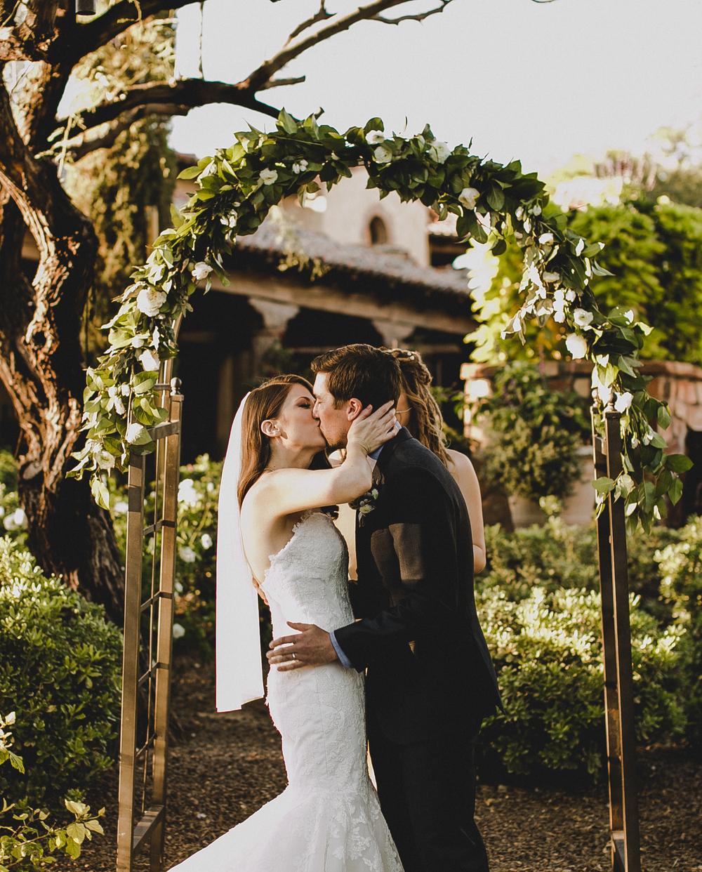 danielle garrett u0027s backyard wedding u2014 hoot u0026 holler