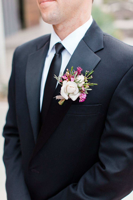 groom-boutonniere-mauve.jpg