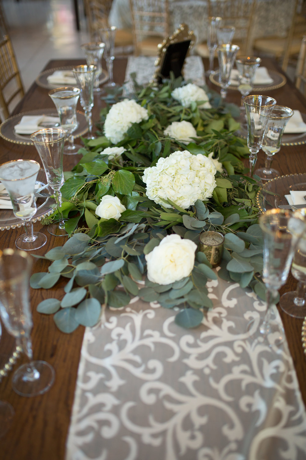 garland-centerpiece-wedding.jpg