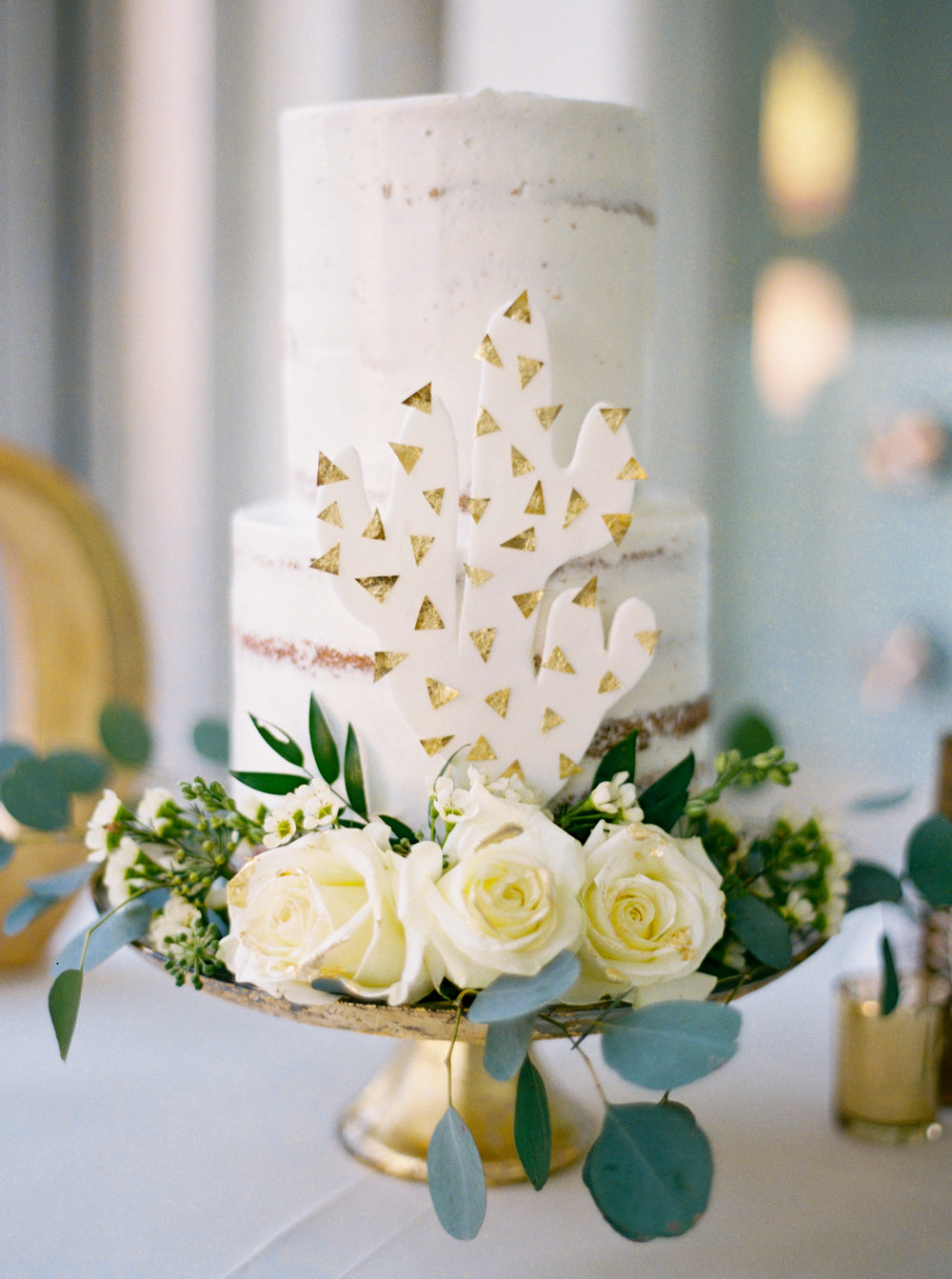 cactus-wedding-cake-white-gold.jpg