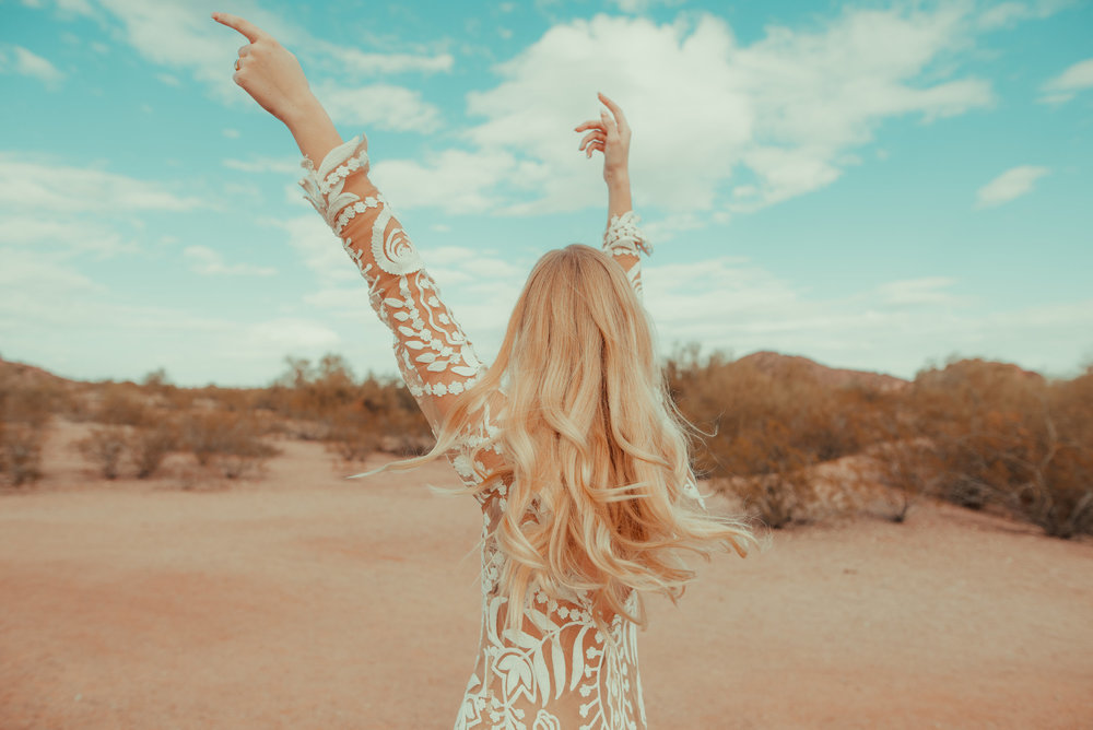 70's Desert Bridal Inspiration