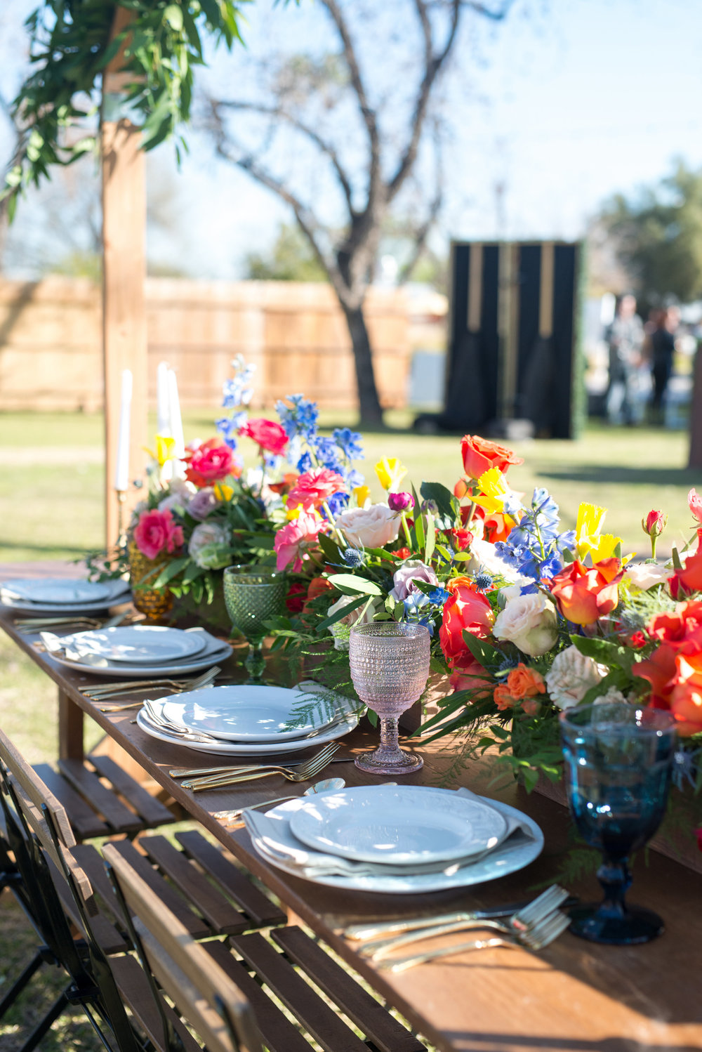Colorful centerpieces with vintage glasses - Arizona Wedding - The Farm at South Mountain - Wedding Inspiration