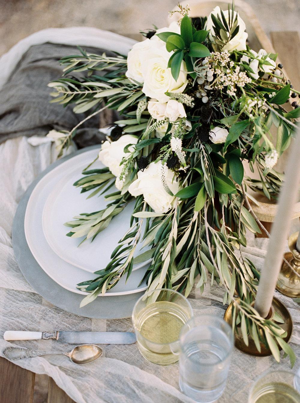Fine Art Wedding - Arizona Desert Elopement Inspiration