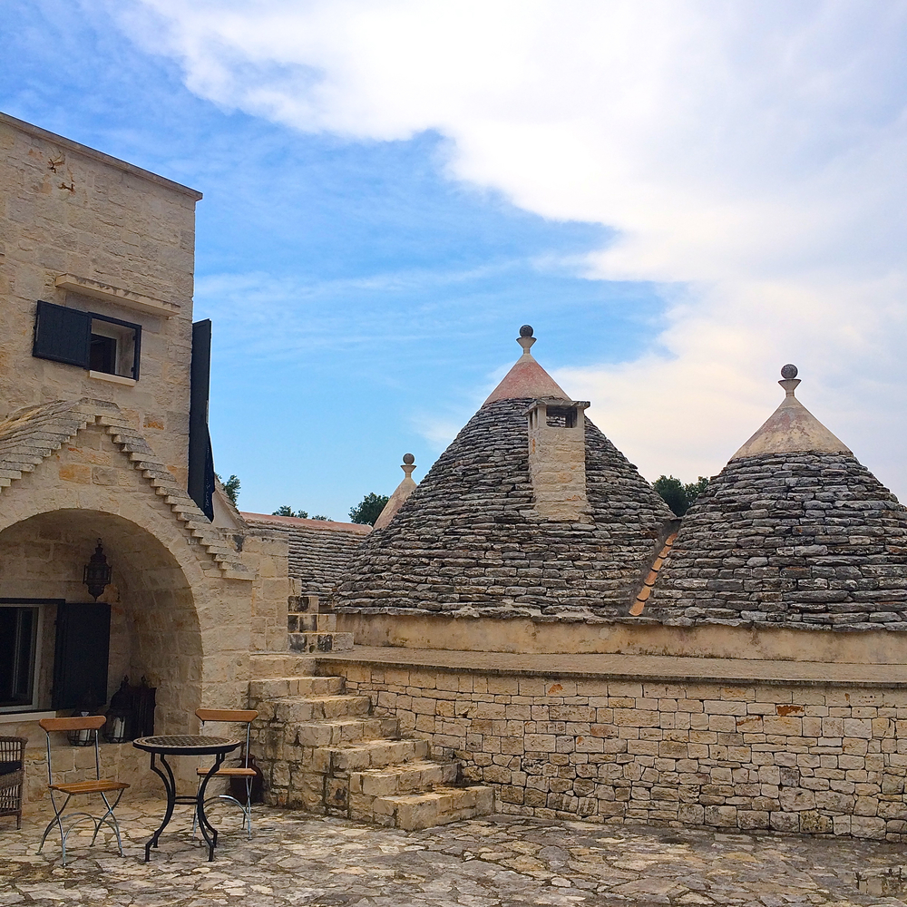 Trulli : Puglia's typical dry stone made hut