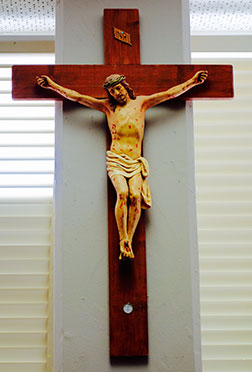 padre_pio_crucifix