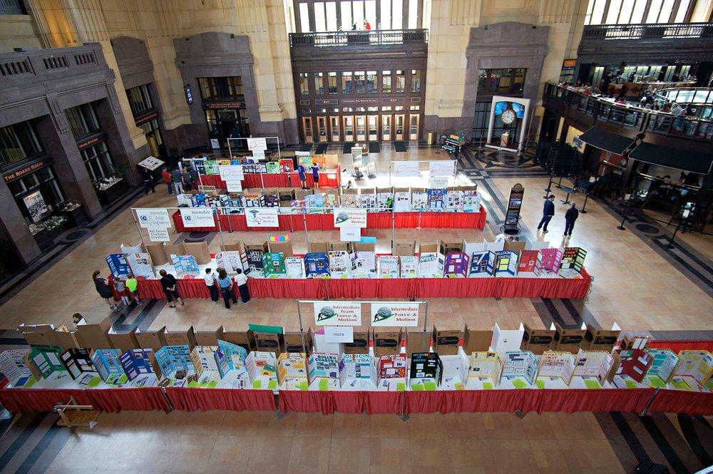 Science pioneers science fair.jpg