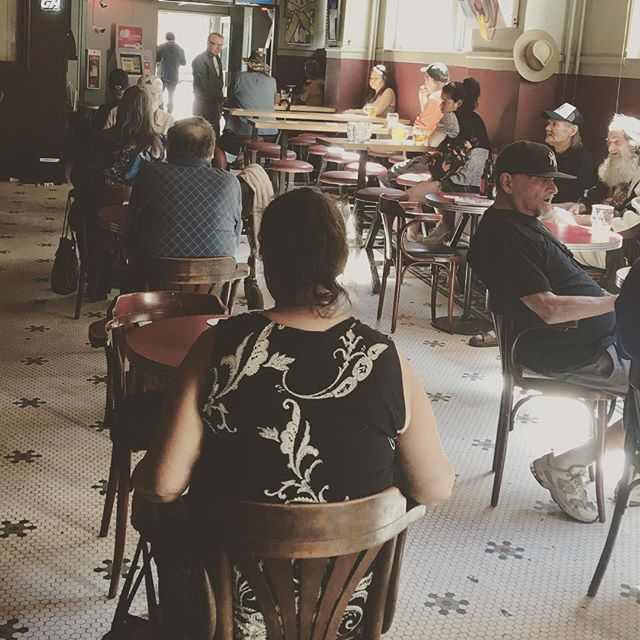 The Empress Bar is packed today! A cold beer on a hot day sounds good to us! #hotelempress #hotelempressbar #dtes #coldbeer