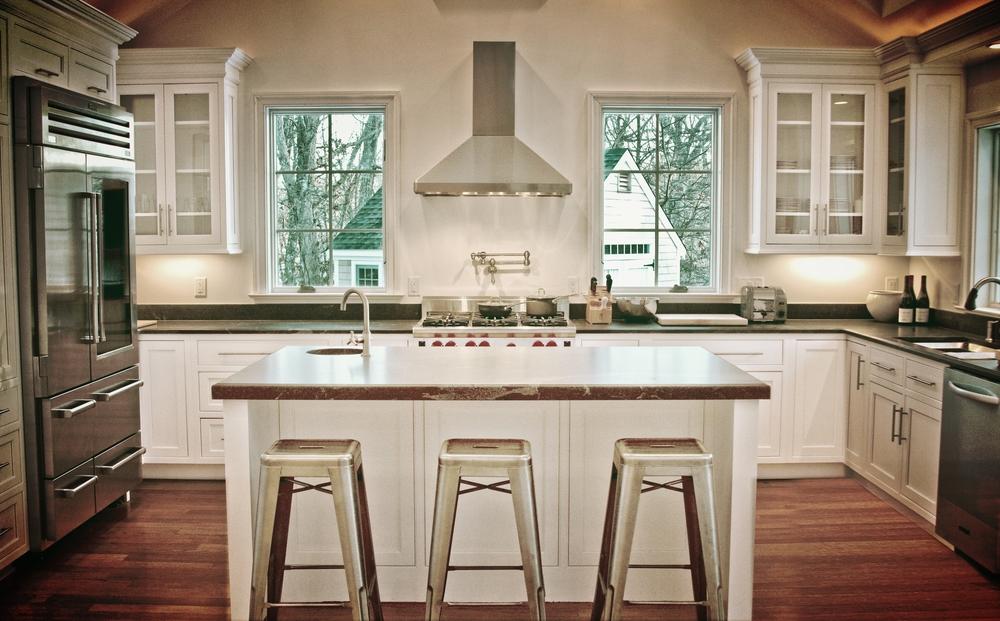 Halocker kitchen 1.jpg