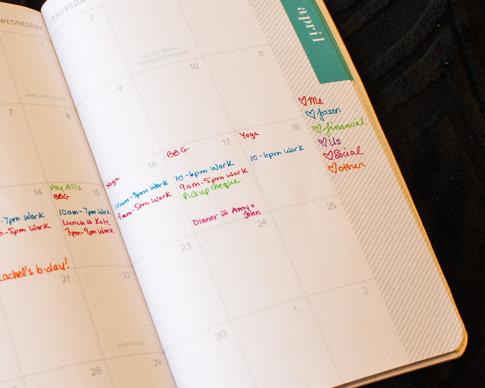 Who doesn't love to colour code?  Check out my Monthly Planner on PlantBasedBride.com!