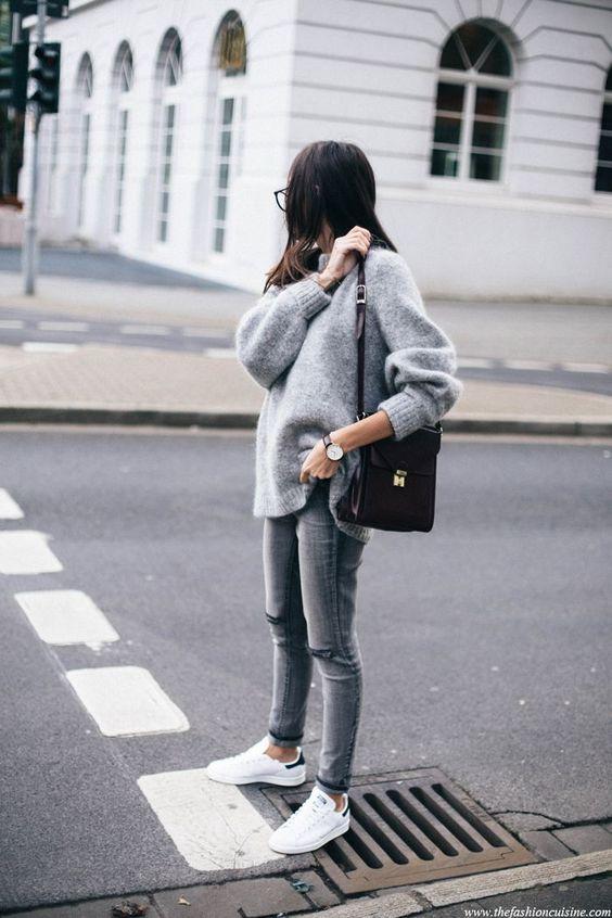 desaturated fashion // minimalist fashion