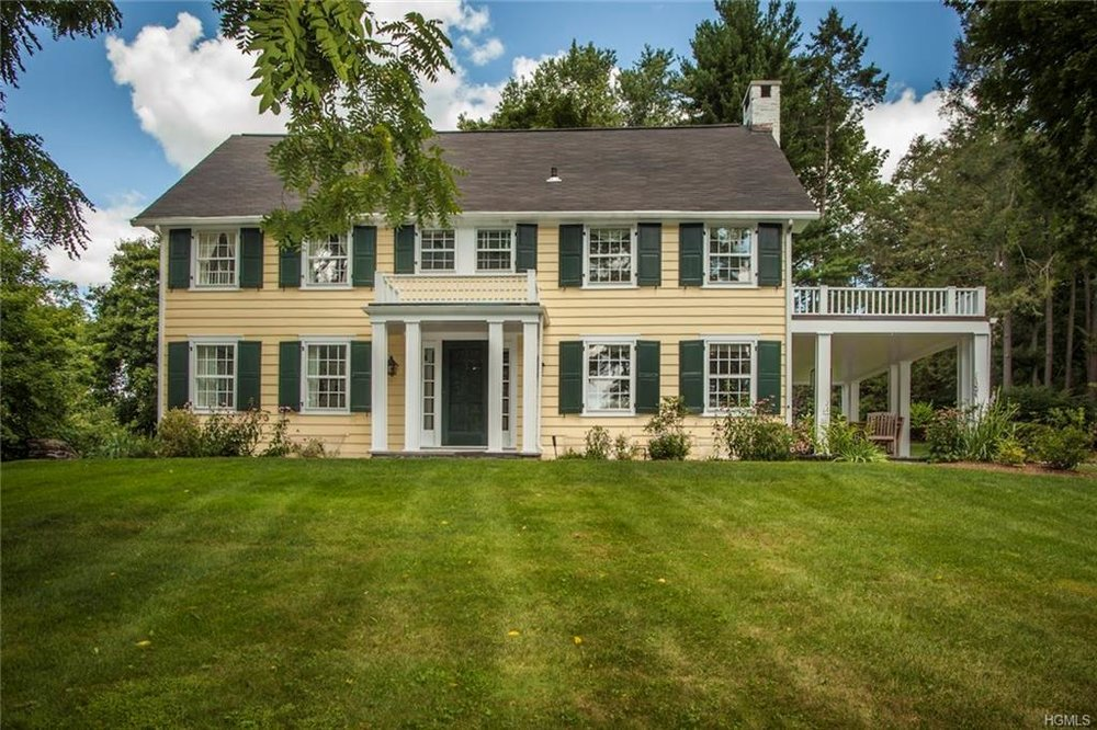 15 MARCOURT DR  CHAPPAQUA  LIST PRICE $1,095,000  SOLD PRICE $1,015,000  SOLD ON 10/07/15