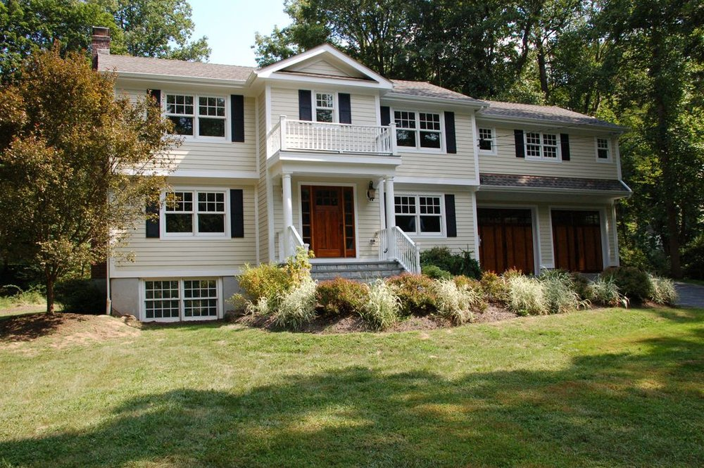 1 TURNER DR SOUTH  CHAPPAQUA  LIST PRICE $1,149,000  SOLD PRICE $1,065,000  SOLD ON 04/03/15