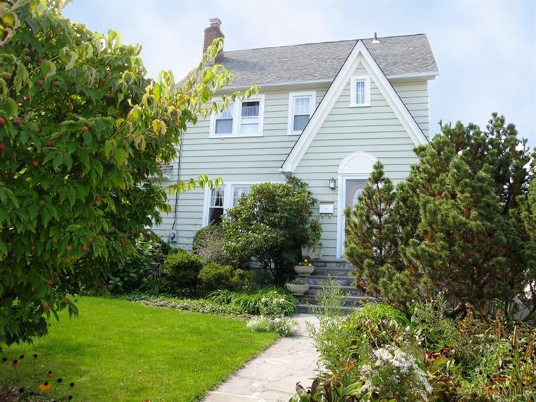 12 SENECA RD  OSSINING  LIST PRICE $399,500  SOLD PRICE $390,000  SOLD ON 06/21/14