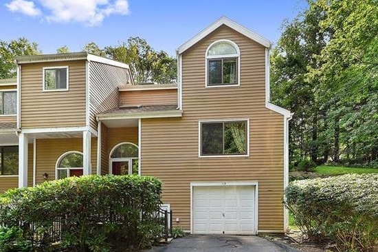 115 WOODS END RD  CHAPPAQUA  LIST PRICE $679,000  SOLD PRICE $665,000  SOLD ON 12/12/17