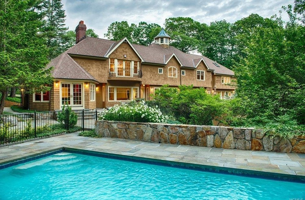 23 KINNICUT RD  POUND RIDGE  LIST PRICE $1,295,000  SOLD PRICE $1,092,000  SOLD ON 08/15/17