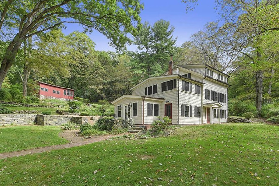 1047 QUAKER BRIDGE RD  CROTON ON HUDSON  LIST PRICE $1,195,000  SOLD PRICE $1,150,000  SOLD ON 06/13/18