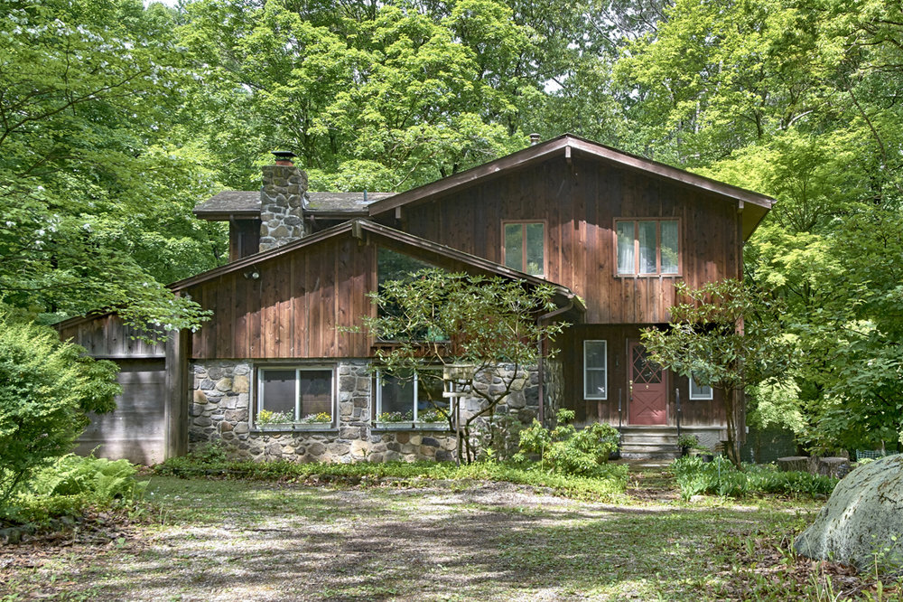 184 FURNACE DOCK RD  CORTLANDT MANOR  LIST PRICE $617,000  SOLD PRICE $592,500  SOLD ON 09/25/18