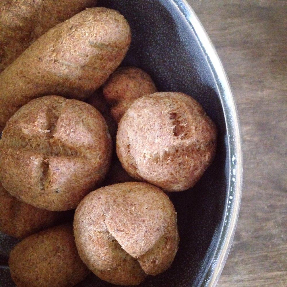 Flourless 'Keto' Bread Rolls — BioKitchen